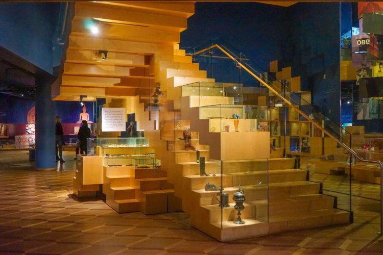 Bata Shoe Museum2
