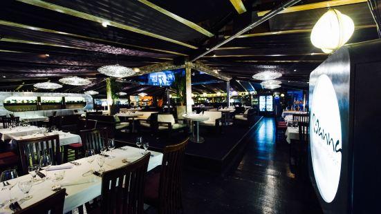 Manna Euthentic Lounge