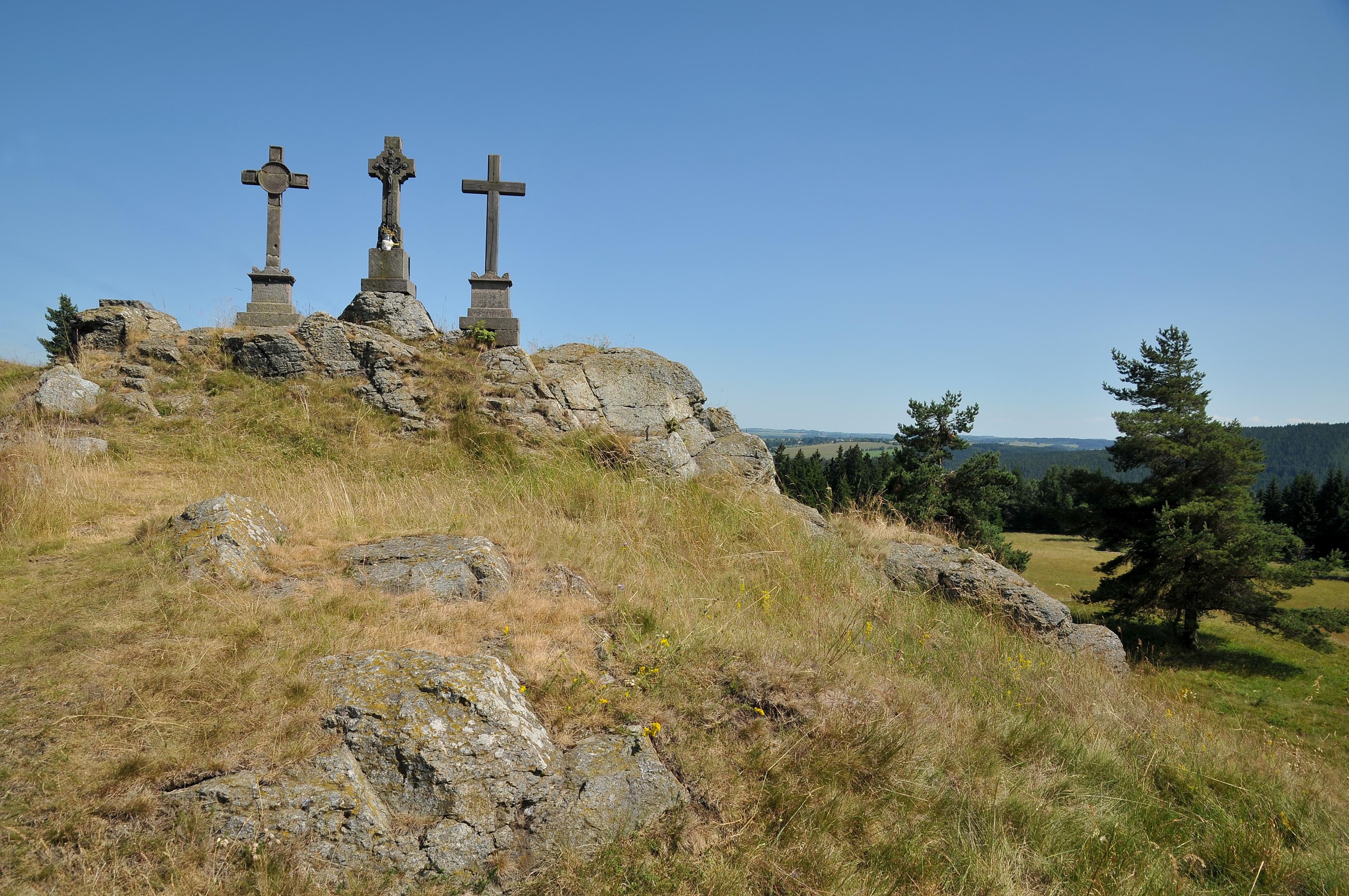 三個十字架瞭望亭