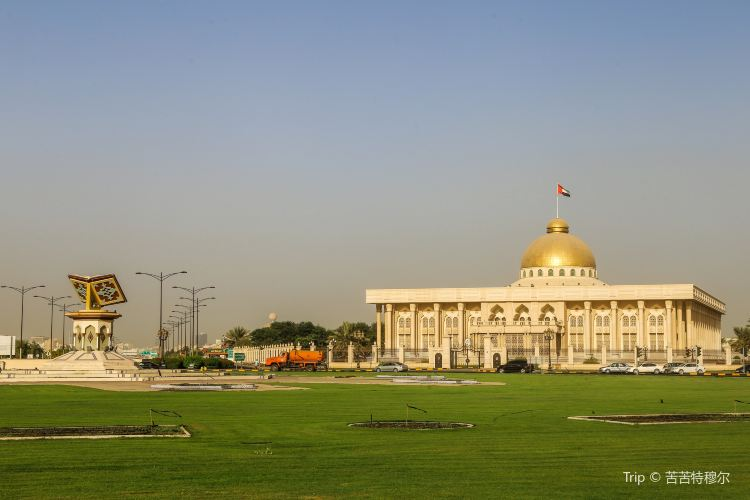 Culture Square of Sharjah2