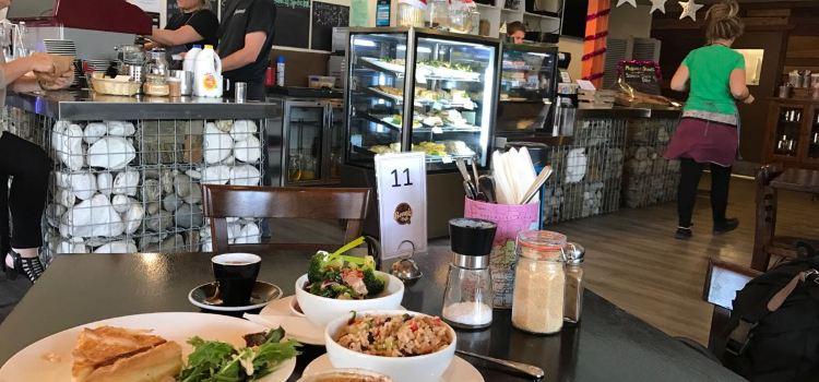 Beanie Cafe Wanaka1