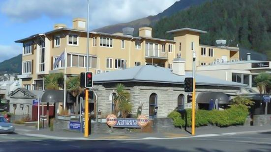 Queenstown Speight's Ale House