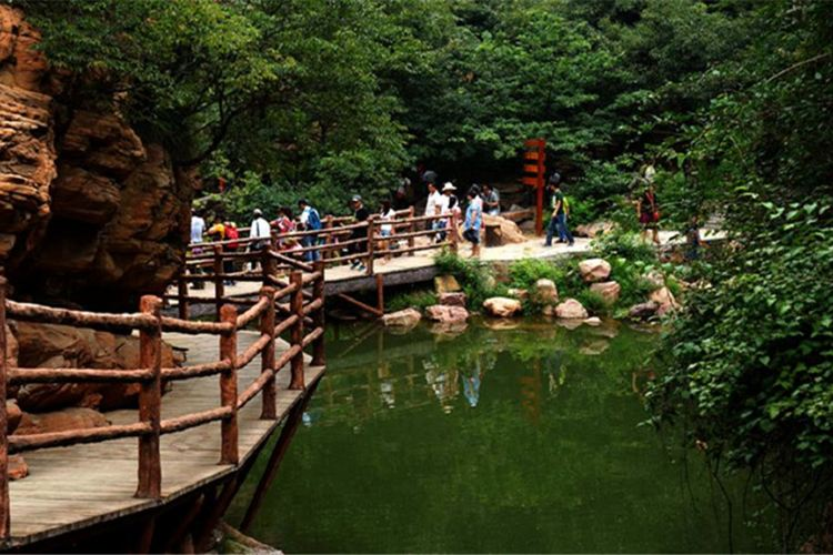 伏羲山大峽谷2
