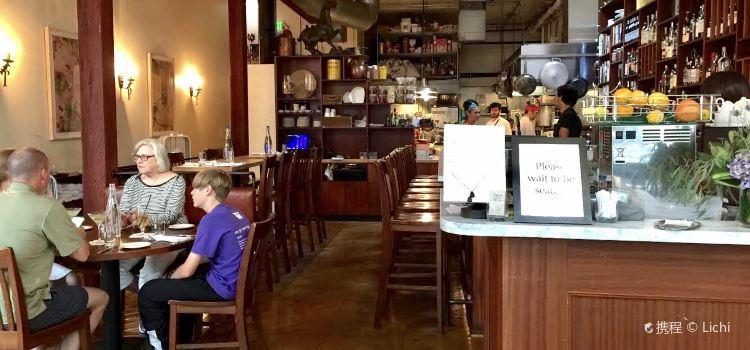 Tilikum Place Cafe3