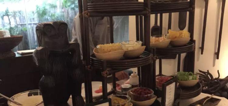 Raya Dining3