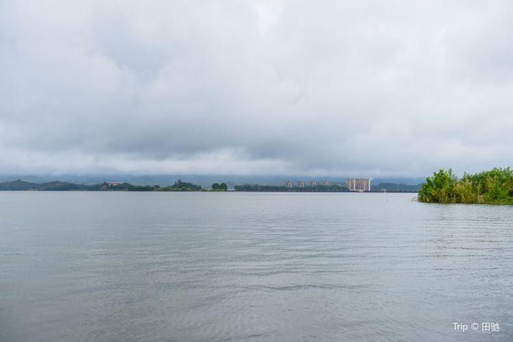 Changshou Lake2