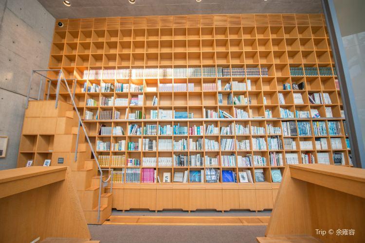 Watanabe Junichi Museum of Literature2