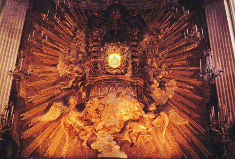 Chiesa Santa Maria in Portico in Campitelli
