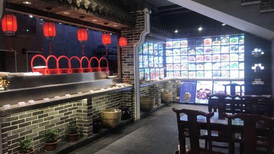 宴江南餐廳