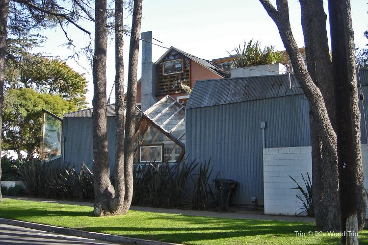 Gehry House3
