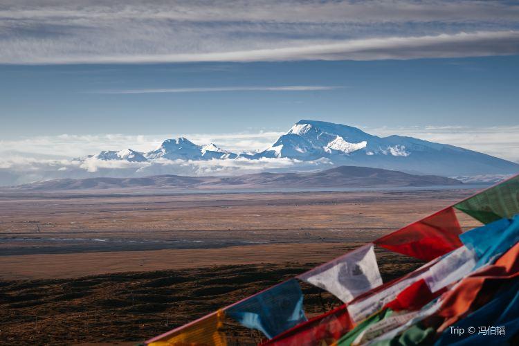 納木那尼峰2