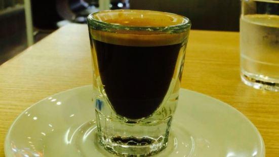 Robert's Coffee Fukuoka Daimyo