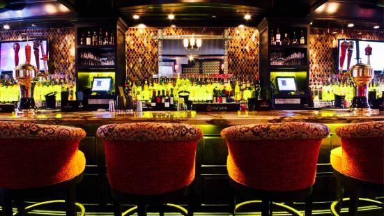 GEM Italian Kitchen Nightclub Lounge