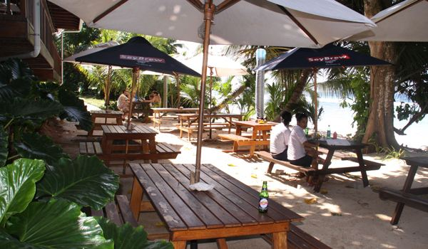 Surfers Beach Restaurant2