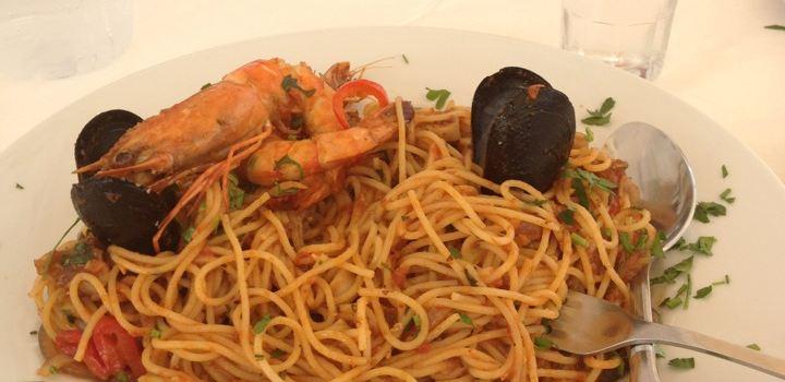 Naoussa Restaurant2