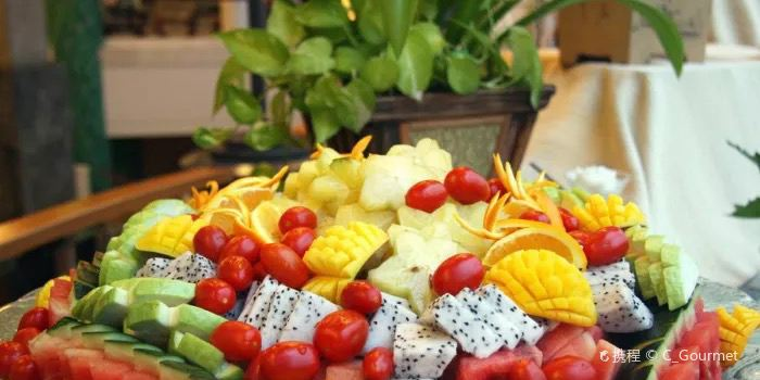 Resort Intime Sanya BBQ Buffet1