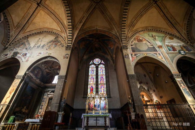Basilica of Holy Trinity3