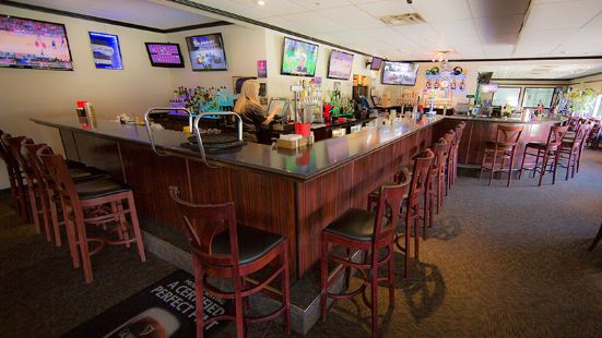 ACEs Sports Bar & Grill