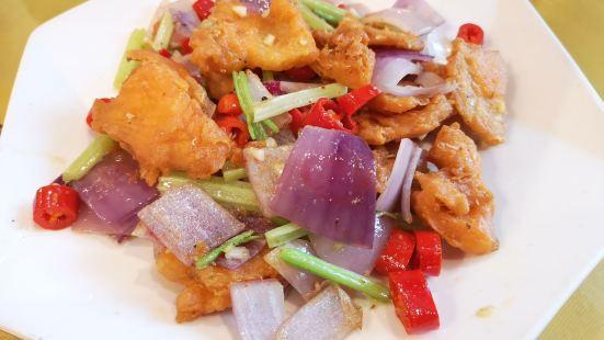 東方紅三文魚