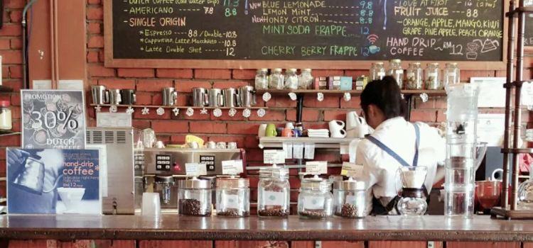 Mackenzie's Coffee House & Patisserie1