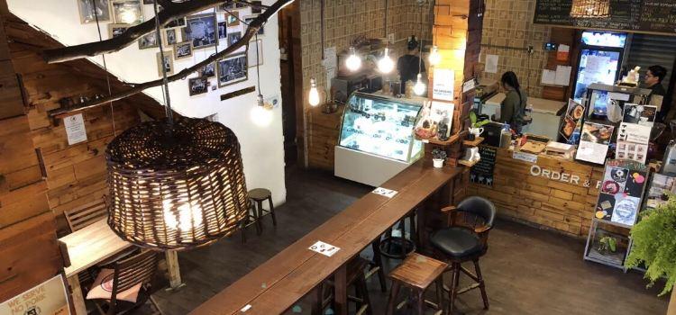 Mackenzie's Coffee House & Patisserie2