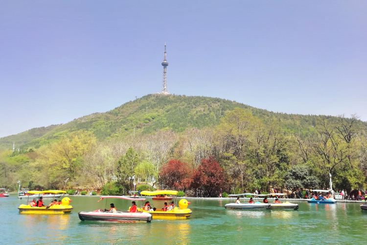 Xiangshan Mountain Forest Park