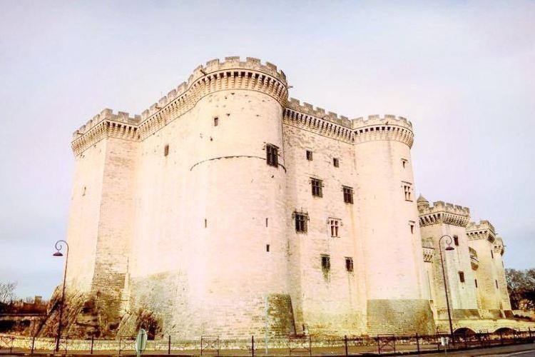 タラスコン城