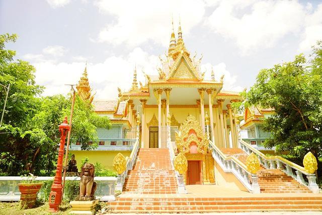 Wat Samraong Knong
