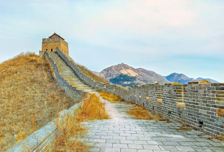 Nine-Gate Water Great Wall