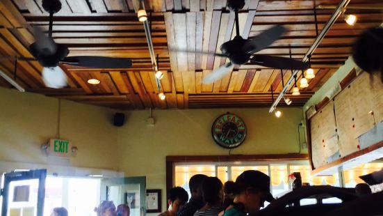 Beachside Coffee Bar & Kitchen