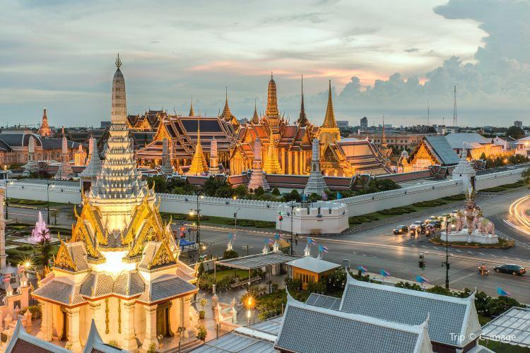 Bangkok City Pillar Shrine3