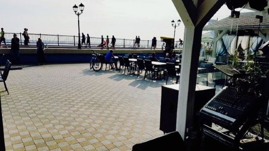 White & Blue Cafe Sochi