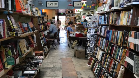 Stories Books & Cafes