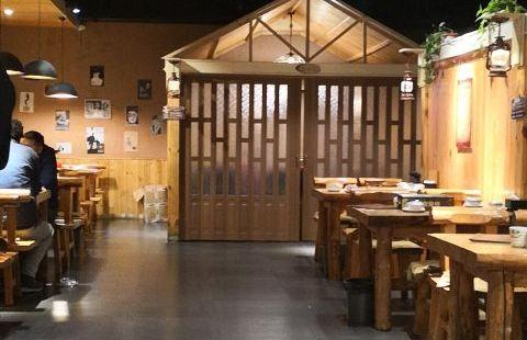 0313木屋燒烤(路東富源小區店)