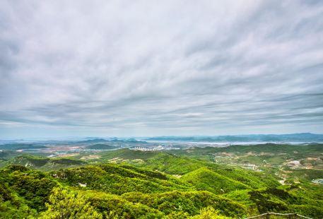 Xiaohei Mountain Forest Park
