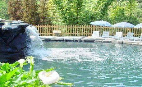 Zhougongshan Hot Spring