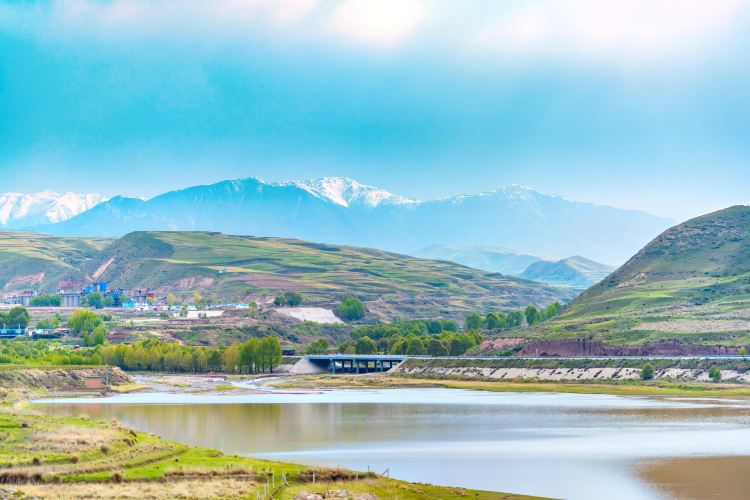 Wushao Mountain Range