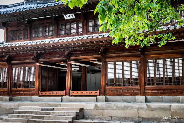 Deoksugung Palace4