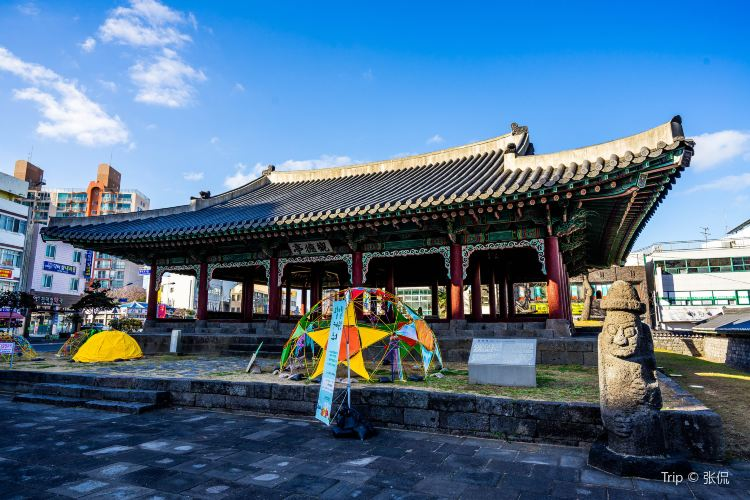 Gwandeokjeong Pavilion1