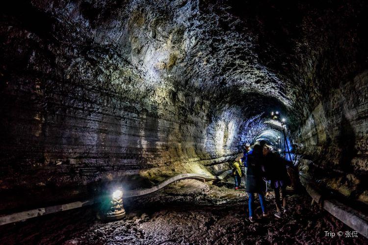 Manjanggul Cave1
