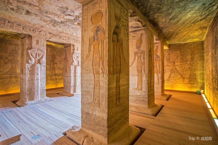 Temple of Hathor1