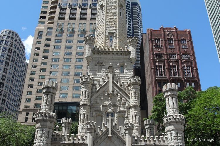 Chicago Water Tower3