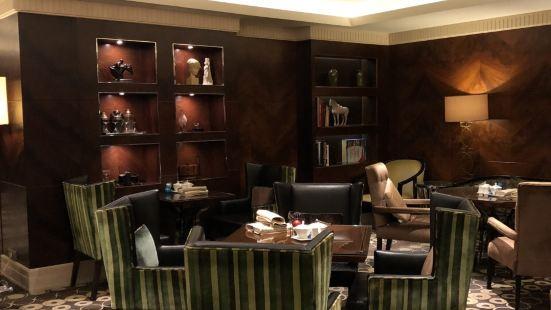和平飯店金尊費爾蒙酒廊