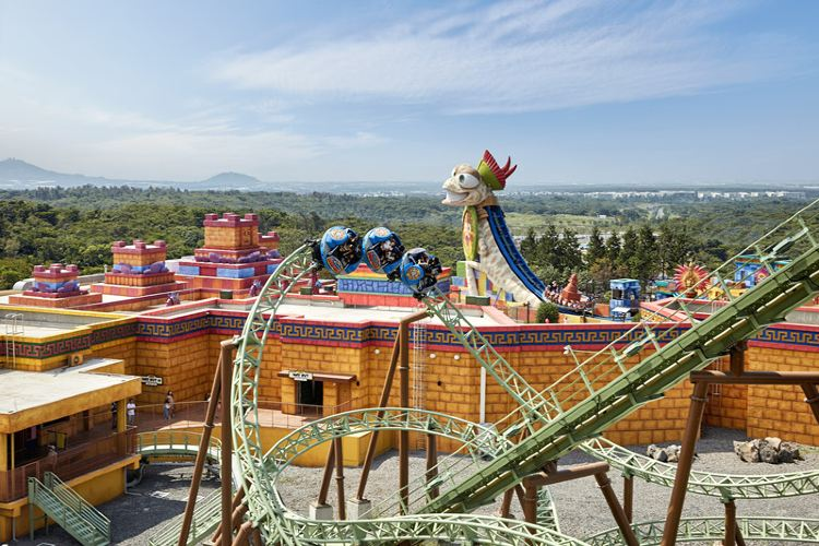 Shinhwa Theme Park2