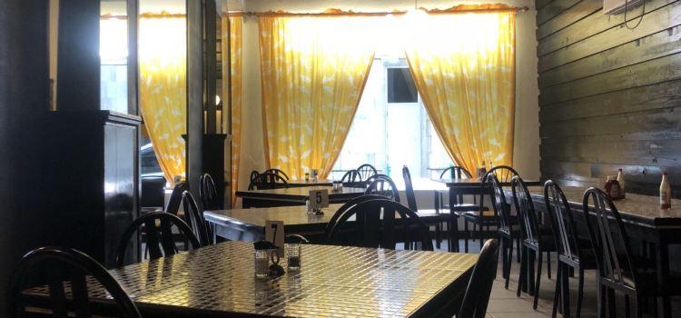 Bahamian Cookin' Restaurant & Bar1