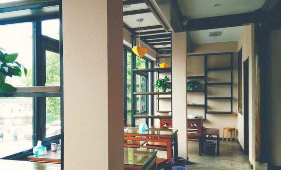 望湖土菜館2