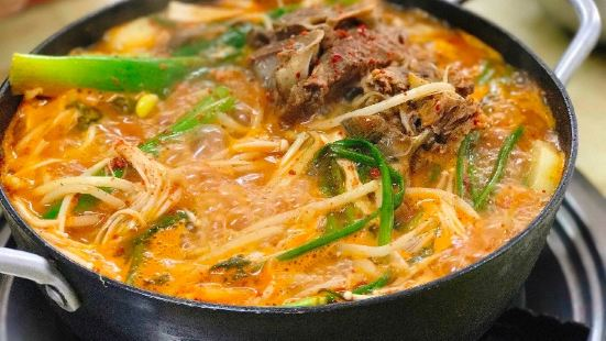 高靈豬肉湯飯土豆湯