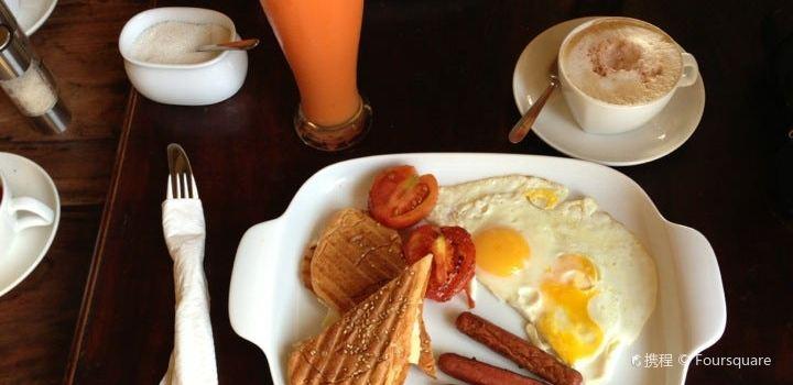 Pedlar's Inn Cafe2