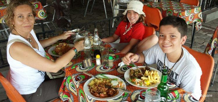 Tahonga African Queen Restaurant2