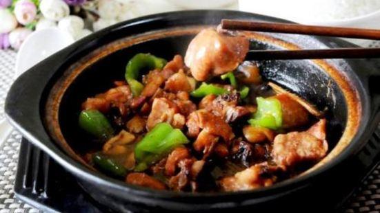 榮灸速味居黃燜雞米飯